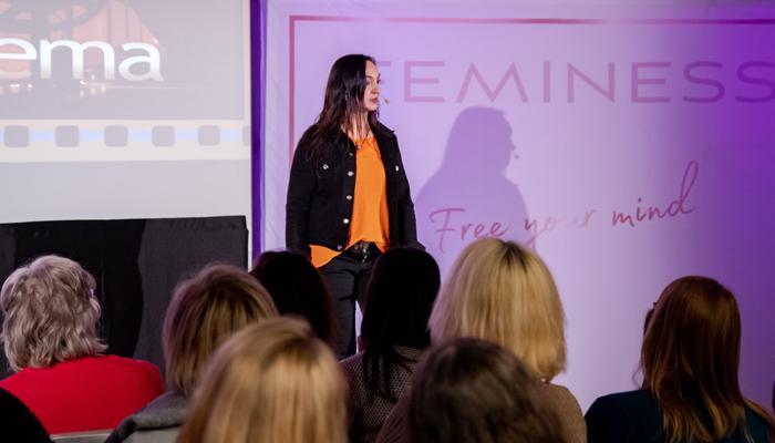 Nicole-Thieme-Feminess-Inspiration-Day-Slider-11